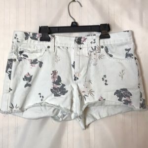 Lucky Brand White Floral Cut Off Jean Shorts 6/28